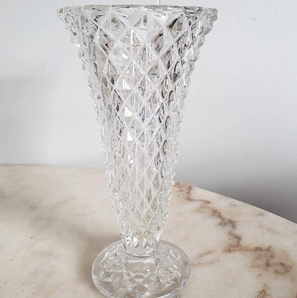 Clear Glass Diamond Cut Vintage Flower Vase